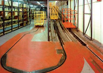 Tow-conveyor